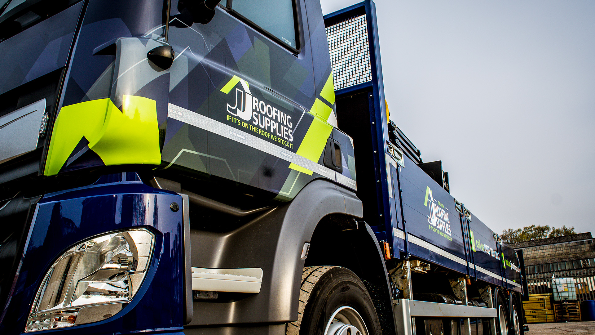 DAF CF 320 JJ Roofing Supplies New Lorry Main Blog Image
