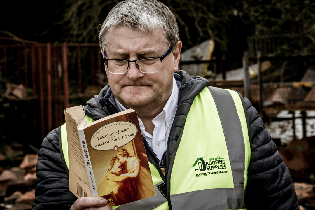 Steve Wells reading Romeo and Juliet on World Poetry Day